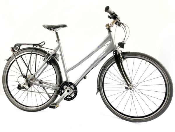 Giant secondhand bike for sale